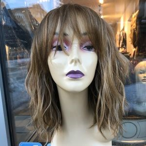Blonde mix bob bangs wavy hair blende